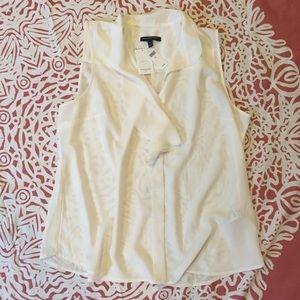 NWT🎉 Banana Republic blouse